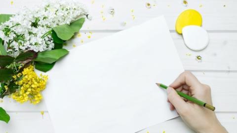 Stift und Papier und der Beginn des schreibens