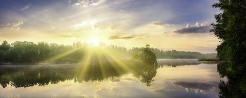 Sonnenaufgang - Blickrichtung direkt in die Sonne